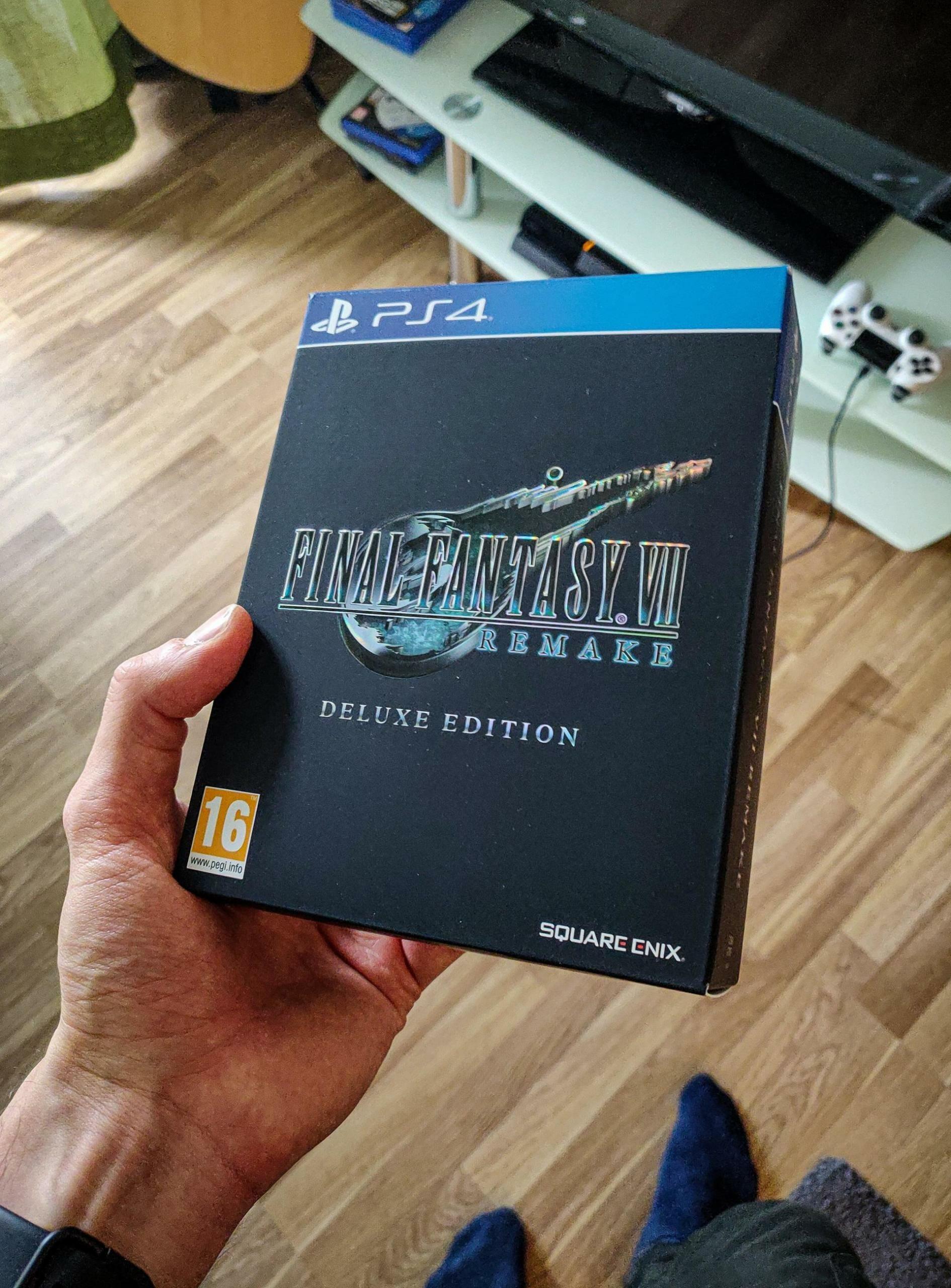 fina-fantasy-7-remake-deluxe-edition