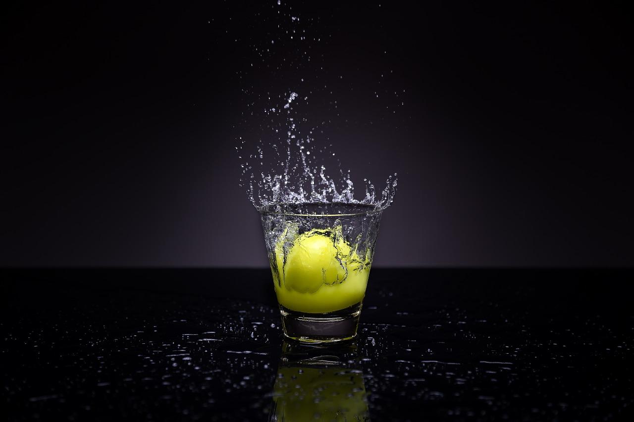 sitruuna-vesi-sitruunavesi